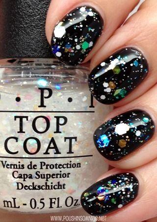 The Top 10 Glitters Of 2017 Opi Snow Globetrotter Over Black Nailpolish Glitter