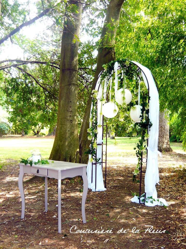 arche fleurie pour c r monie protestante idem. Black Bedroom Furniture Sets. Home Design Ideas