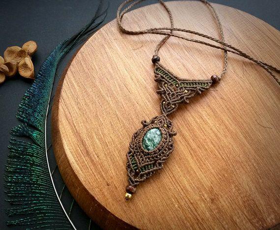 bc95f98f1de6 Collar macrame árbol. Diseño de joyas Bohemia. Boho chic. Joyería curativa.  Collar de piedras preciosas. Diseño único. Collar de ágata árbol.