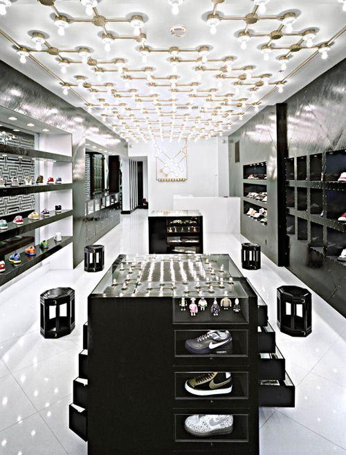 Architecture et design intérieur de boutiques et de magasins ...