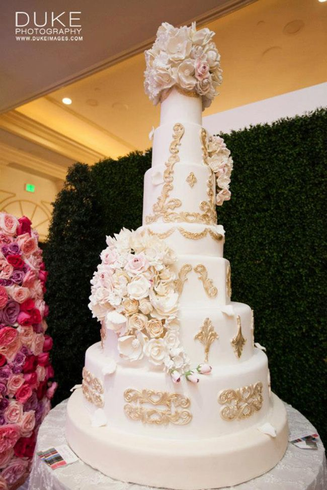 Tall golden cake by Rafi's Pastry