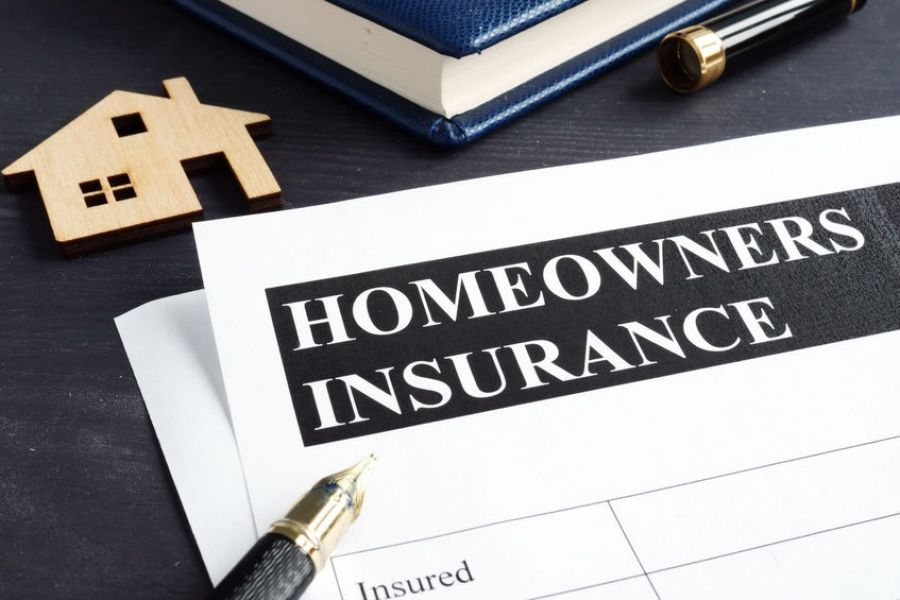 Should You File A Homeowners Insurance Claim 4 Factors To