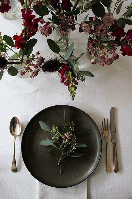 15 Beautiful Scandinavian Inspired Holiday Table Settings   Holiday ...