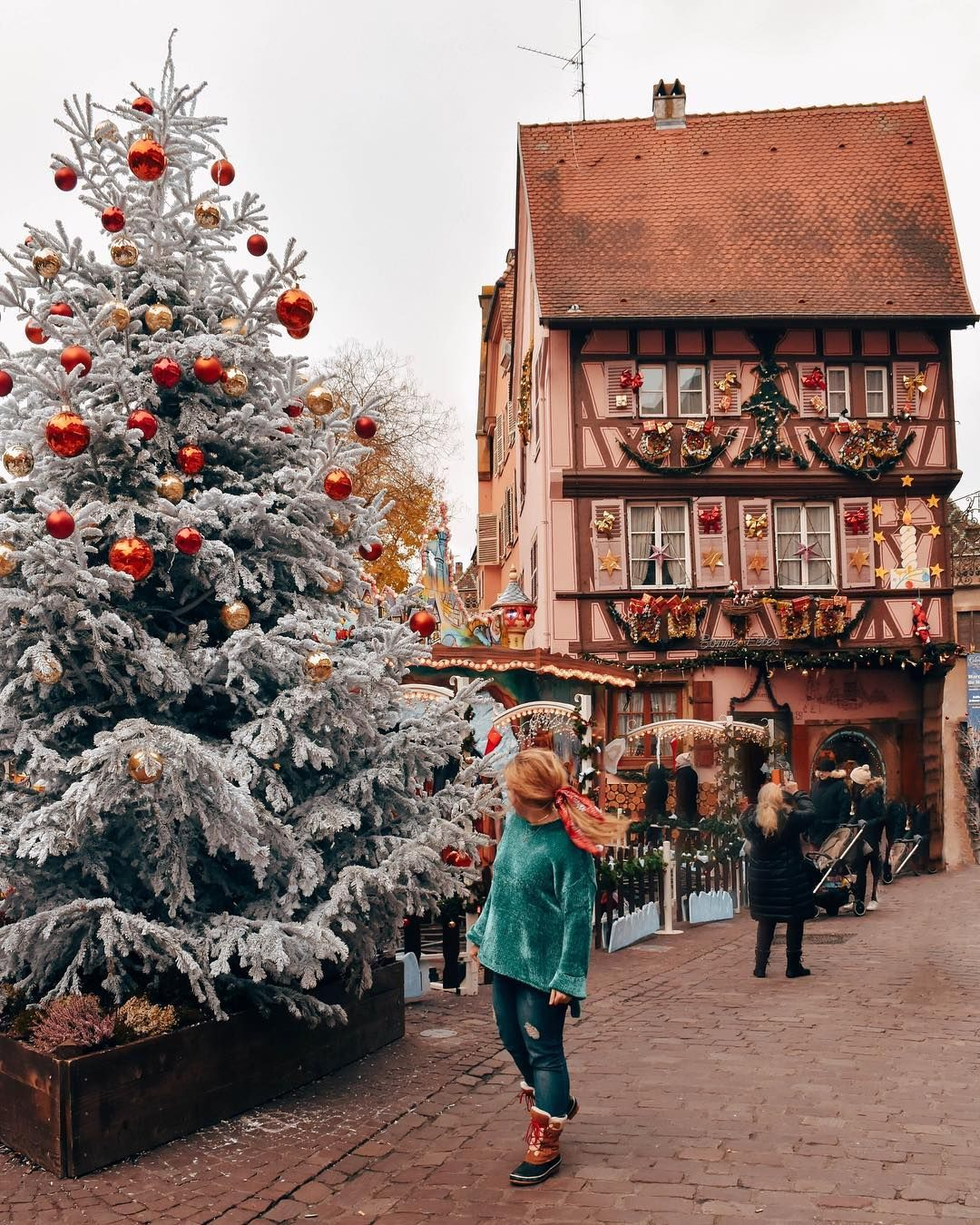 The Best Christmas Instagram Captions Helene In Between Christmas In Europe Best Vacation Destinations Best Vacations
