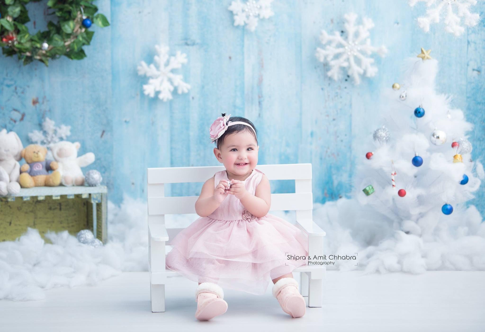Snowflakes snow balls diy teddy bears baby girl photoshoot kids photographer creative ideas for photoshoot shipra amit chhabra photography
