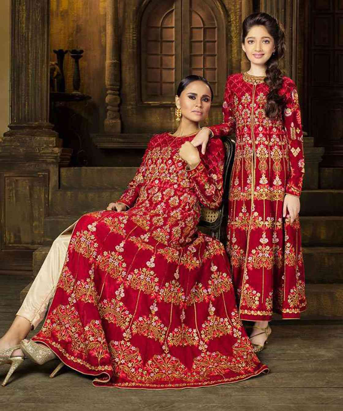 2e3840c0ff435 Buy Mother daughter dress combo for partywear occassion at wholesale in  surat