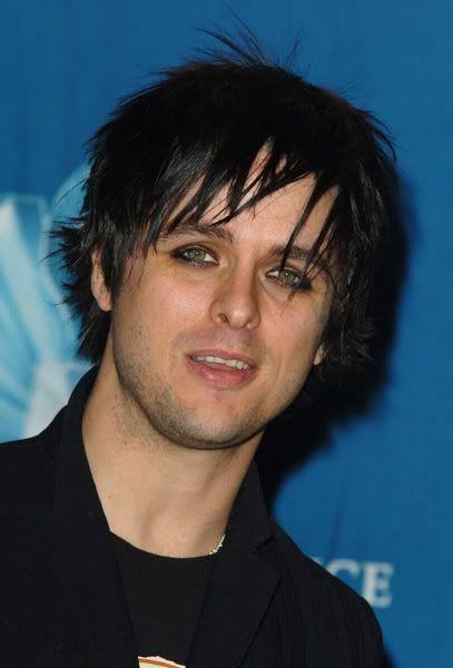 Billie Joe S Cool Emo Hairstyle Billie Joe Armstrong Green Day Billie Joe Billie