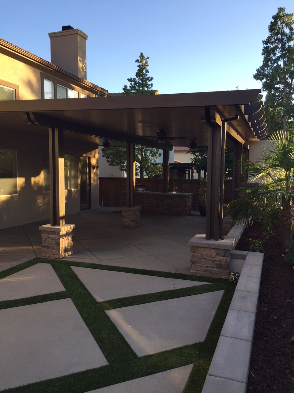 create an outdoor living room with a