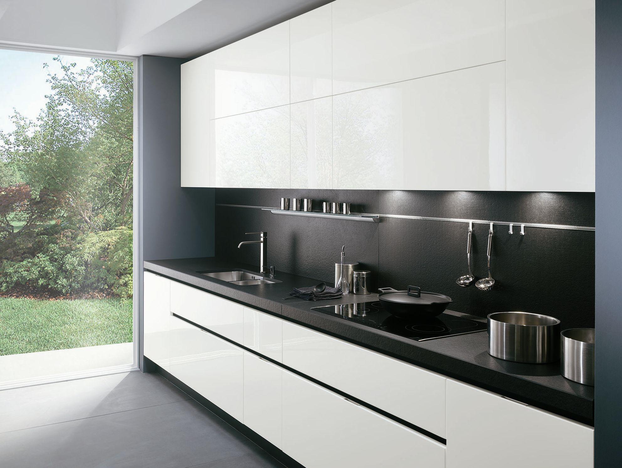 Elektra lacquered kitchen by ernestomeda design pietro arosio