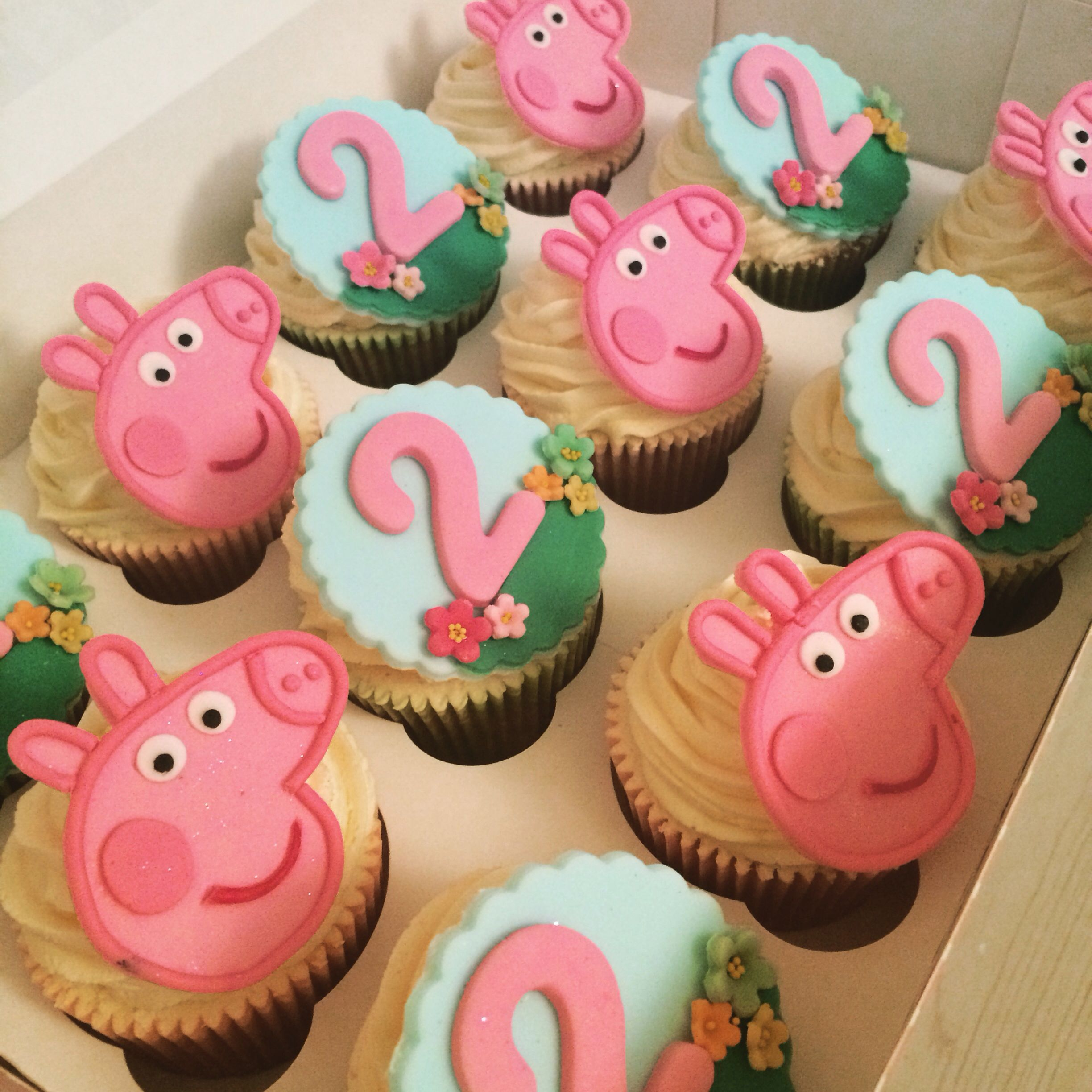 Peppa Pig Cup Cakes Girls 2nd Birthday. By CORALICIOUS