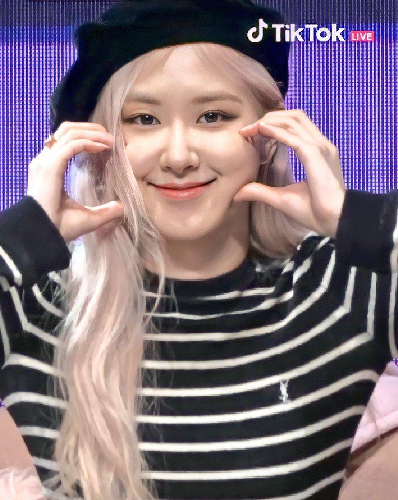 On Twitter Blackpink South Korean Girls Blackpink Memes