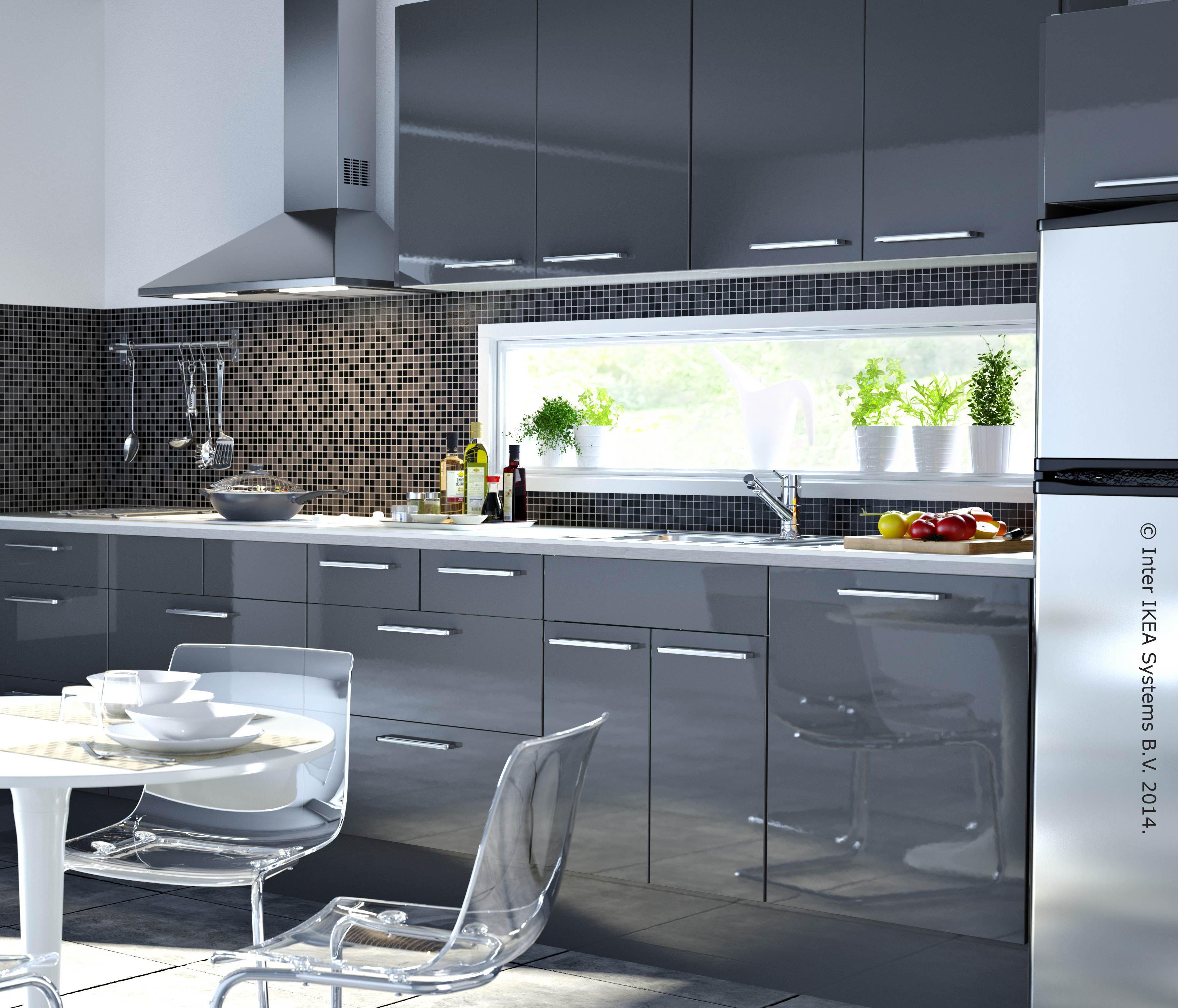 Buen diseño y funcionalidad. Una cocina con estilo solo en ...
