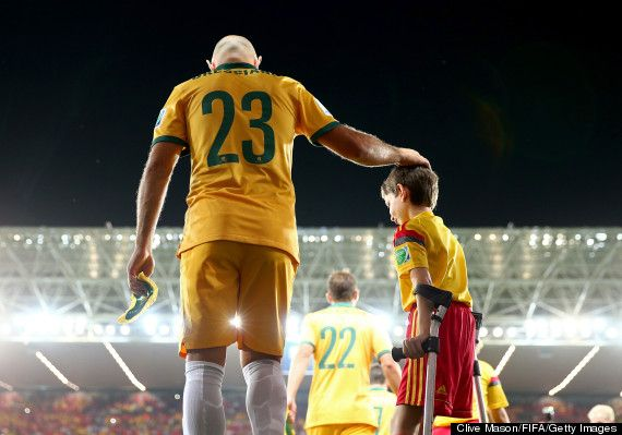 Here S The Heartwarming World Cup Photo Everyone Is Talking About World Cup Sports World Images