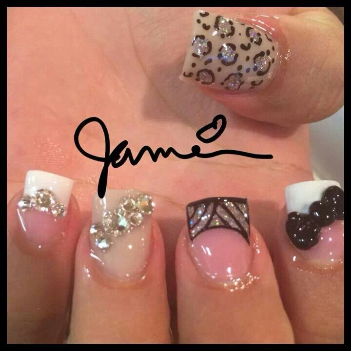 French tip #nails with 3d bows by @candynailsbyjamaica | nails i ...