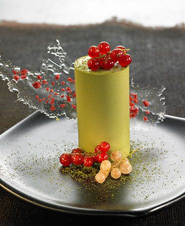 Green tea and white chocolate jelly #plating #presentation
