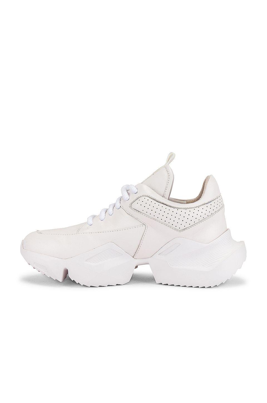 Alias Mae Tommy Sneaker in 2020