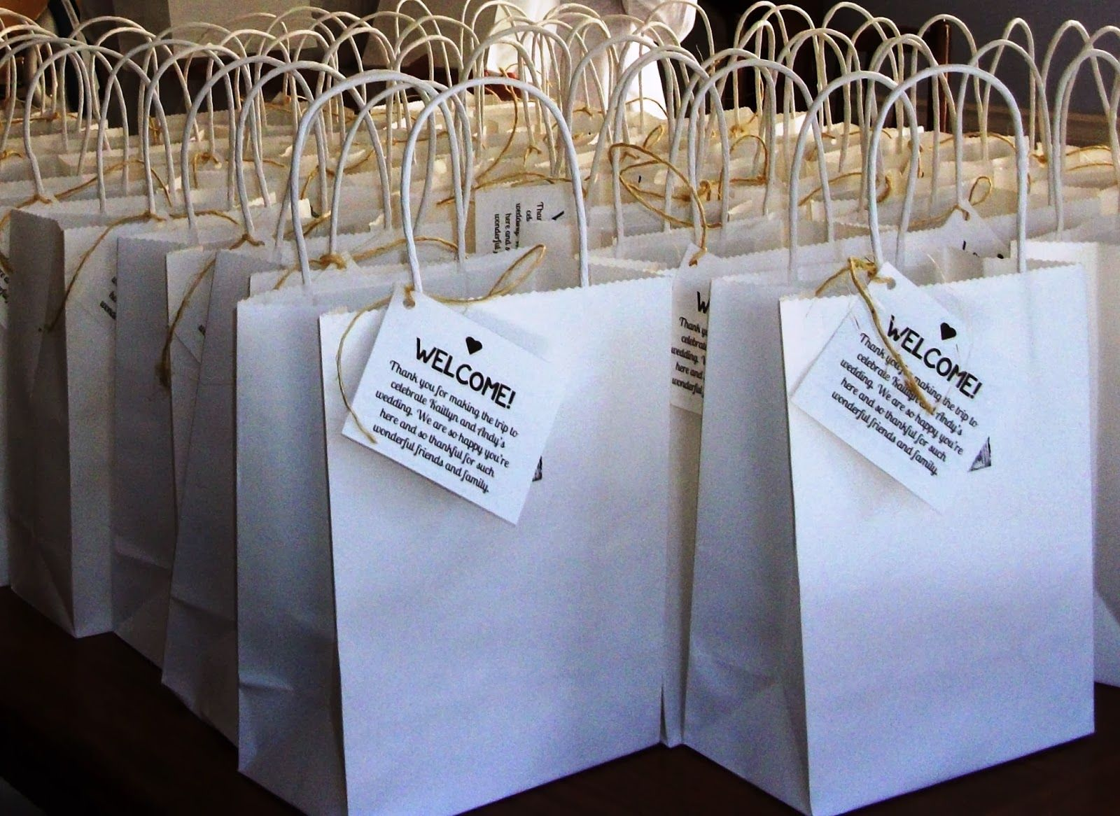 Lovely ache wedding welcome bags for out of town guests for Wedding welcome gifts for out of town guests