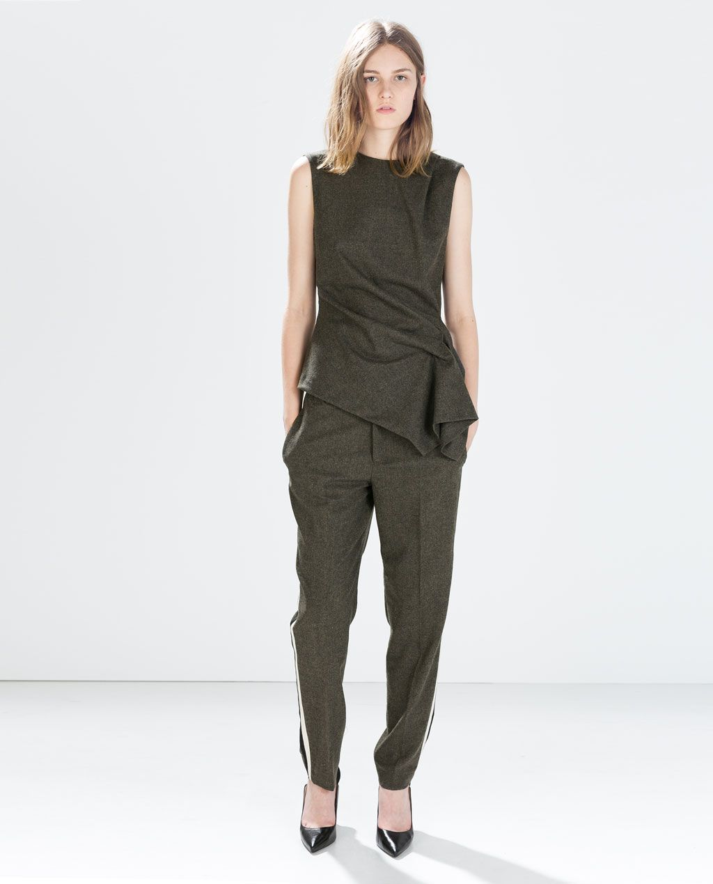 Love this look ZARA WOMAN DRAWSTRING TROUSERS WITH SIDE