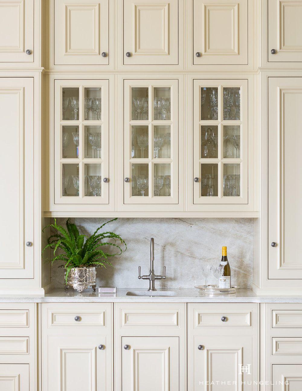 Clive Christian Architectural Kitchen In Classic Cream Dallas T Glass Cabinet Doors Kitchen Cabinetry Design Cabinetry Design