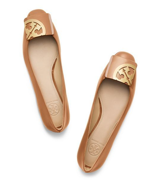 Shoe boot · Tory Burch Square Toe Flat
