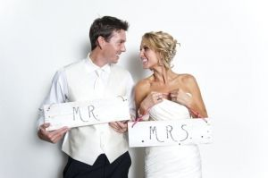 Website to Purchase and sell used Wedding Items! Lots of mason jars!