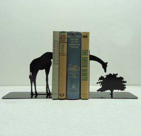 Cale Livres des cale-livres ou serre-livres cr   giraffe, books and shelves