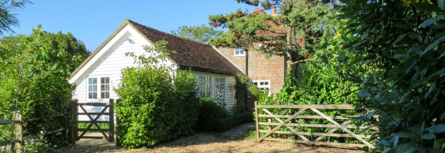 Discover Rose Cottage Salehurst B&B Robertsbridge for Bodiam