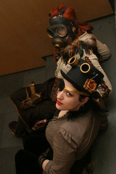 costureroreal:  welcom stranger…. me with a friend at the steampunk spanish convention  Steampunk beauties of the day.
