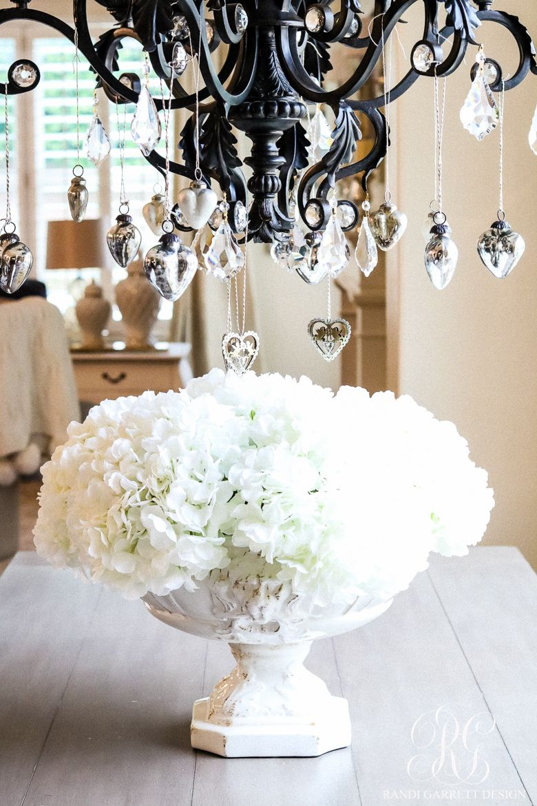 Valentine\'s Day Home Tour - 3 Holiday Decor Tips You Can Use for Any ...