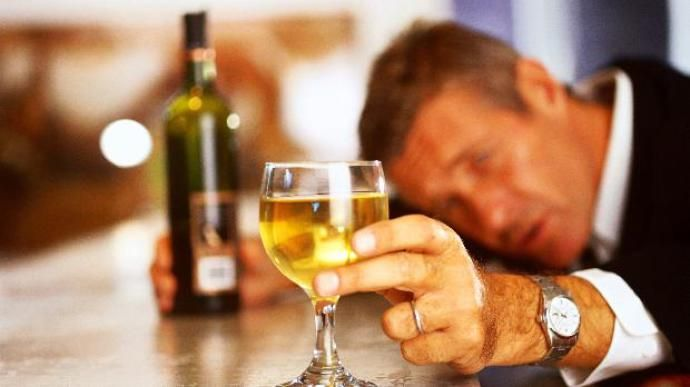 bebida-alcool-onu-20110211-original.jpeg (690×387)