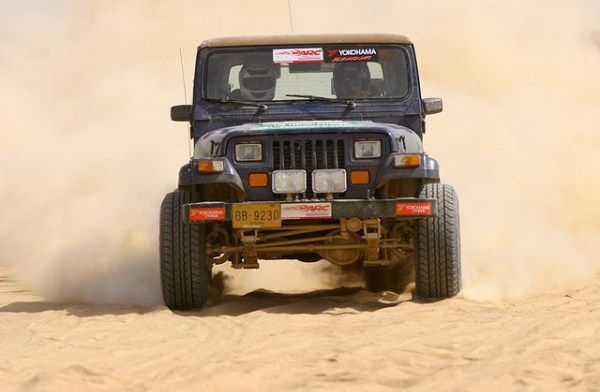 Cholistan Desert Jeep Rally Image By Max Loxton Jeep