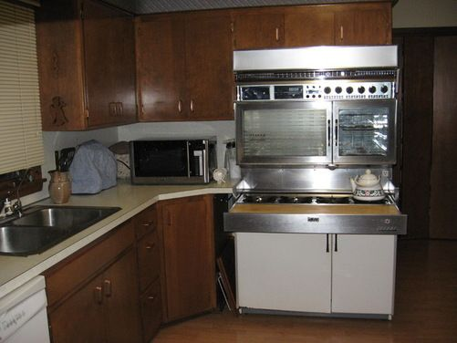 Need Help In Replacing My Vintage Fabulous 400 Tappan Gas Range Houzz My Dream Range Only Electric Unless I Could Convert To Gas Tappan Home Decor Gas Range