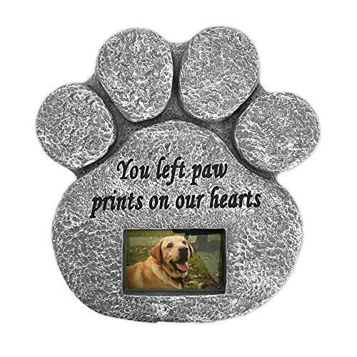 Amazon Com Paw Print Pet Memorial Stone Features A Photo Frame And Sympathy Poem Indoor Outdoor Dog Or C Pet Memorial Stones Pet Sympathy Gifts Pet Gift