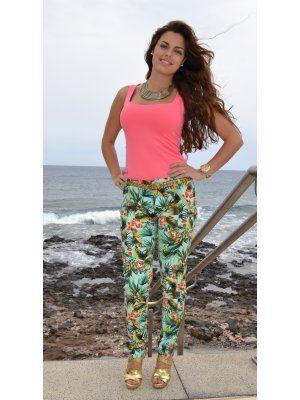 Disonia Outfit   Primavera 2012. Combinar Camisa-Blusa Rosa chicle Zara, Pantalones Azul turquesa/aguamarina Zara, Cómo vestirse y combinar según Disonia el 21-5-2012
