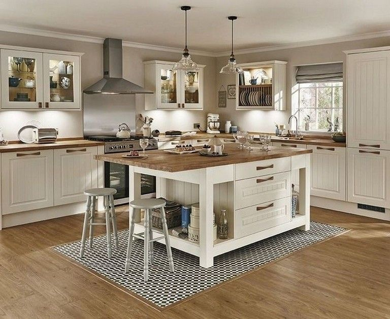 50+ Lovely Kitchen Designs with a Touch of Wood