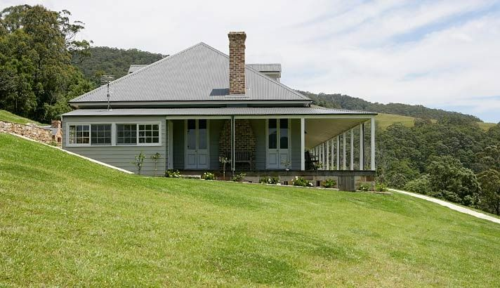 Strongbuild home builders sydney and southern nsw classic designs classic country homes for Classic home designs australia