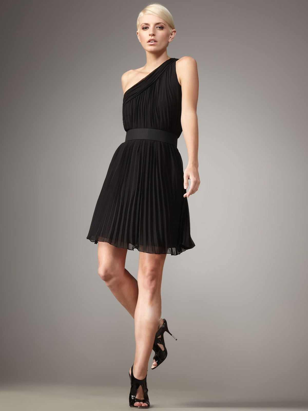 Black modern dress - Few Things Are As Covetable And As Versatile As A Chiffon Black Dress Whether It S