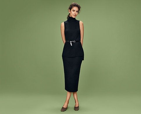 f885ff84d25e01 MERINO BLENDED RIBBED SKIRT with MERINO BLEND RIBBED TURTLENECK SWEATER -  UNIQLO.com for the