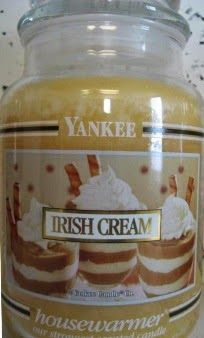 """""""Irish Cream"""" Yankee Candle"""