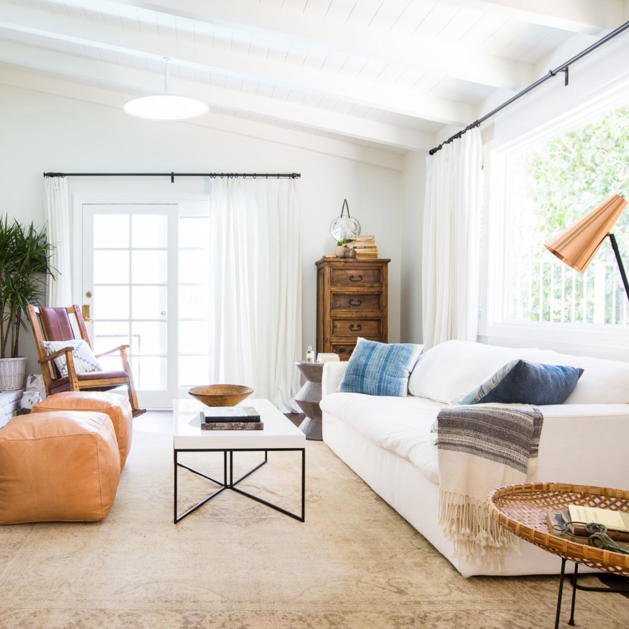 This bohemian modern living room featured by Homepolish gets recreated for less by @copycatchic room redo luxe living for less budget home decor design http://www.copycatchic.com/2016/11/boho-modern-living-room-redo.html?utm_campaign=coschedule&utm_source=pinterest&utm_medium=Copy%20Cat%20Chic&utm_content=Copy%20Cat%20Chic%20Room%20Redo%20%7C%20Boho%20Modern%20Living%20Room