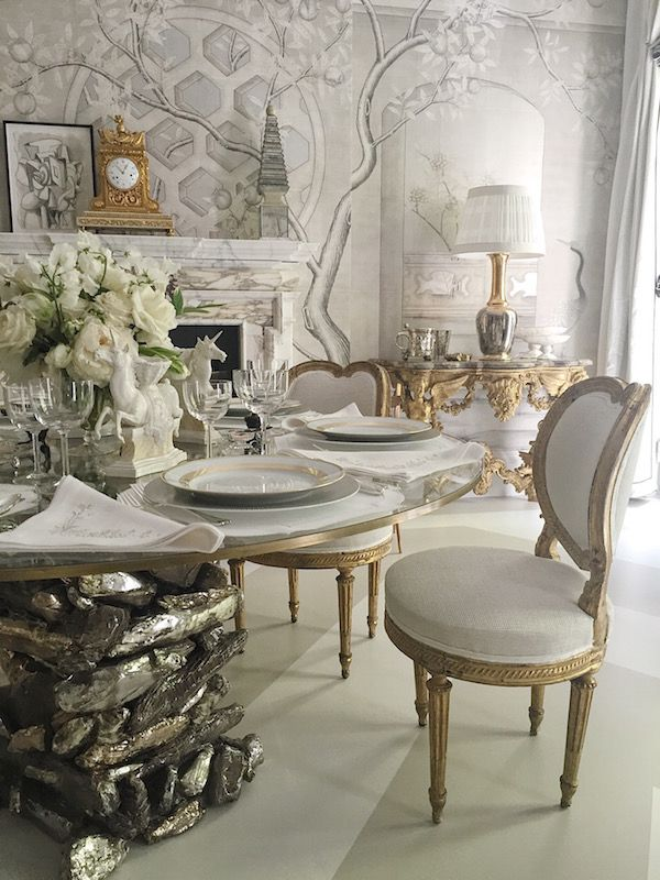 Eve Kaplan Table And Gracie Wallpaper In Alex Papachristidis Kips Bay Show House Dining Room