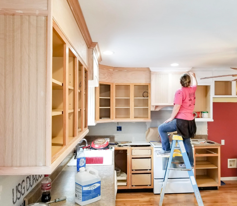How To Paint Your Cabinets Like A Pro In 2020 Cabinet Painting Cabinets Diy Painting Cabinets