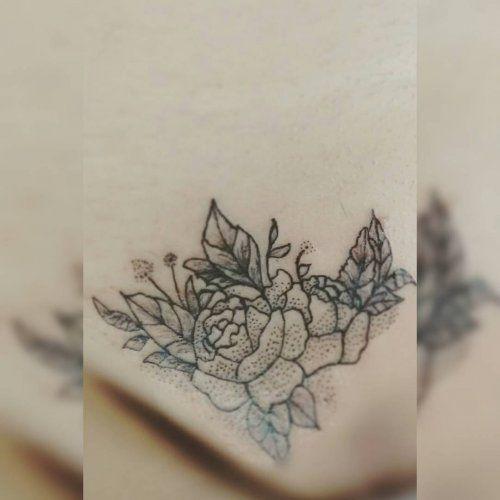 Женские интимные татуировки: 100+ фото интимные тату без ...