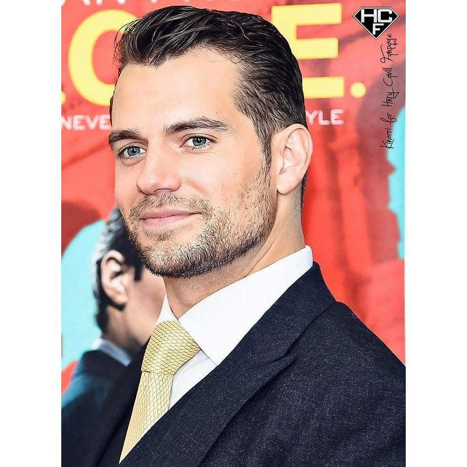 #HenryCavill at the #NYC premiere of #TheManFromUNCLE, #Gorgeous edit by @kinorri_hc #ManFromUNCLE #NapoleonSolo #ManOfSteel #BatmanvSuperman #DawnOfJustice #Superman #SexiestManAlive #Handsome #Perfection #SexyScruff #CavillCombustion #WeLoveHenry #HenryCavillFanpage #HCF