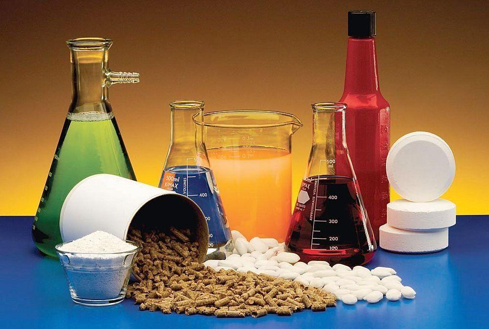 Plus de 800 substances chimiques sont répertoriées comme perturbateurs endocriniens... http://www.lesoir.be/901592/article/actualite/belgique/2015-06-08/9-humains-sur-10-sont-exposes