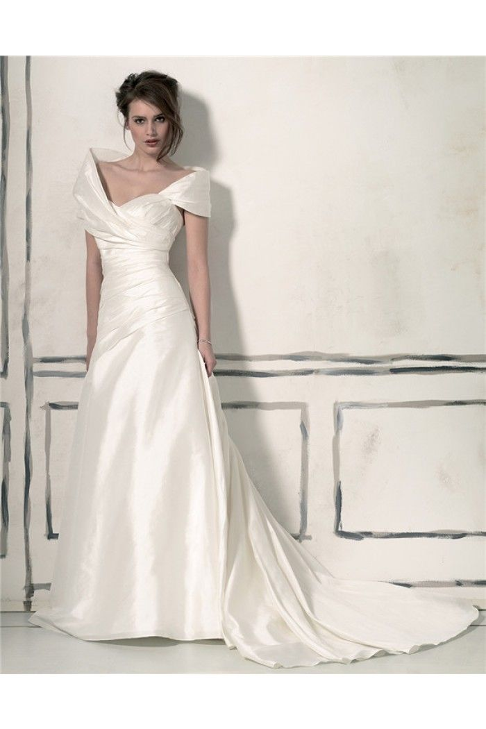 Unusual Fitted A Line Sweetheart Taffeta Ruched Wedding Dress With Shawl