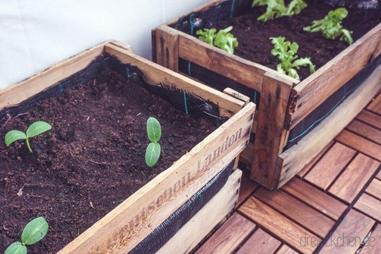 Balkon-Garten aus Weinkisten selbst machen #balkondeko