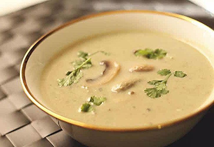 Soupe champignons de paris au thermomix , un délicieux velouté pour votre dîner chaud ce soir ...