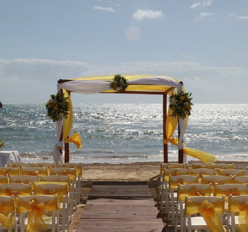 Destination Weddings At The Tides Beach Club Overlooking Goose Rocks Kennebunkport Maine