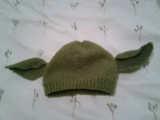 Little knittle yodadobby hat baby crafts pinterest free pattern for knitted yodadobby hat dt1010fo